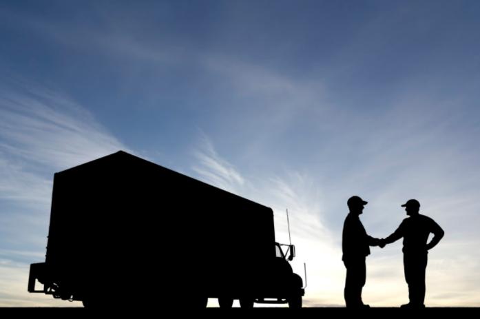 trucker-silhoutte