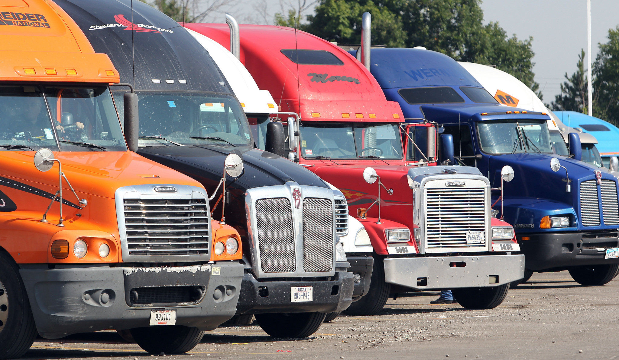 Protect Your Truck At Truck Stops