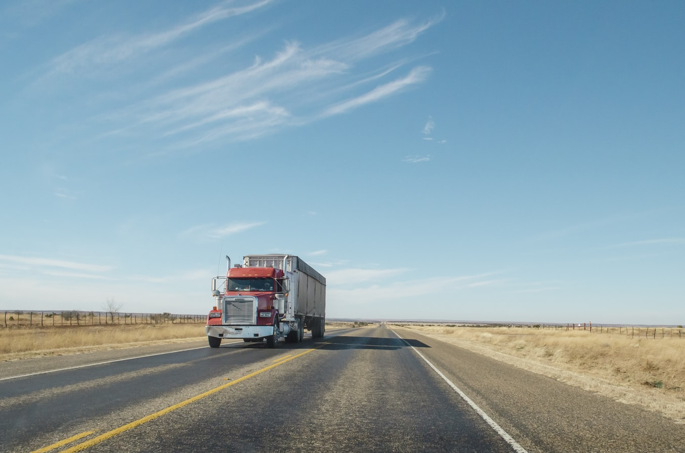 6 Big Perks Of Truck Driving Careers - LA Truck Driving School